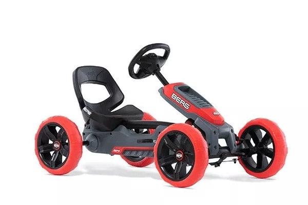 מכונית פדלים חשמלית אדומה
