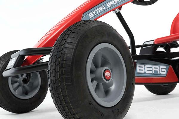 מכונית פדלים חשמלית ברג אקסטרה ספורט בצבע אדום
