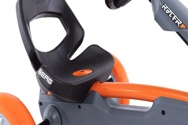 מושב דל מכונית פדלים מדגם ברג רפי רייסר