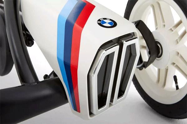 פרונט של מכונית פדלים מדגם BMW Street Racer של ברג