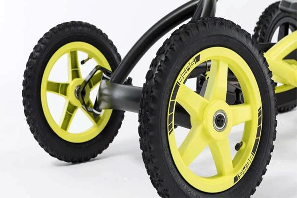 גלגלים קדמיים של מכונית פדלים מדגם ברג באדי קרוס